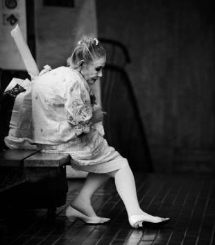 Yokohama Mary - Số phận bí ẩn của cụ bà vô gia cư nổi tiếng nhất Nhật Bản: Từng bị đồn là gái mại dâm, sống lay lắt đến lúc chết vẫn không ai hiểu hết cuộc đời bà - Ảnh 8.