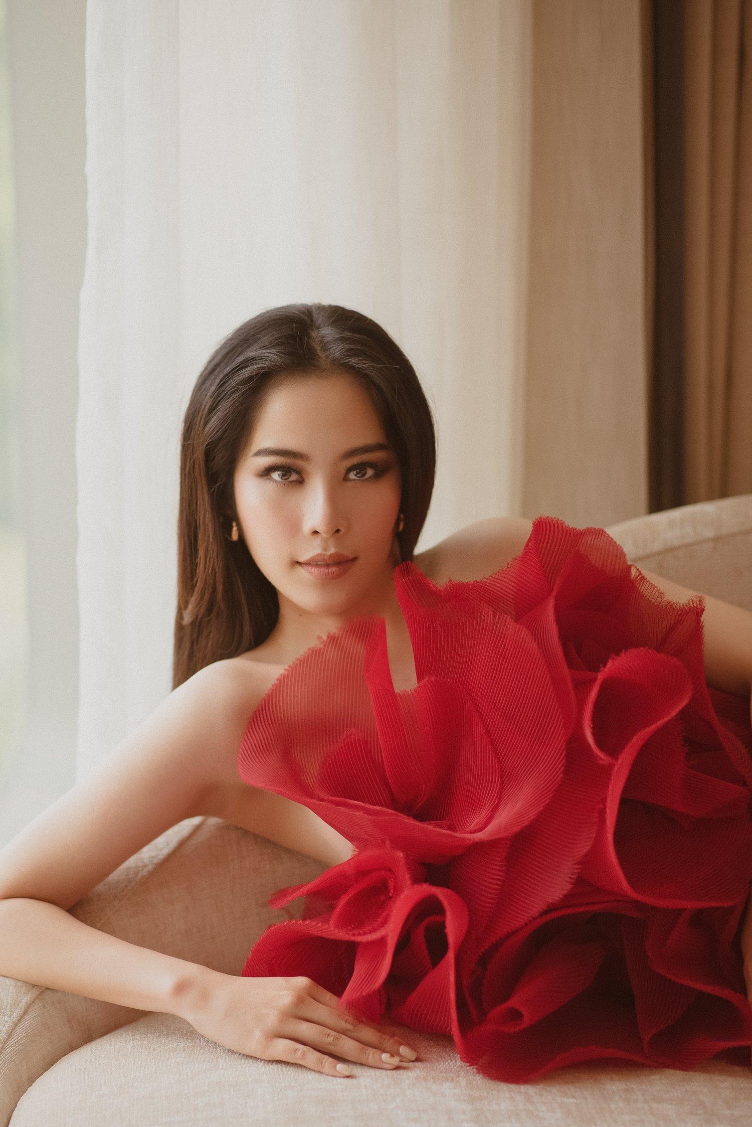 Sau thành công của Khánh Vân, Nam Em hạ quyết tâm trở thành đại diện của Việt Nam chinh chiến tại Miss Universe? - Ảnh 4.