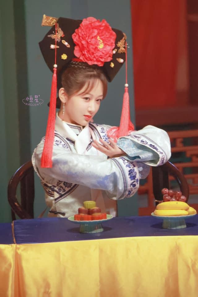 Dương Tử bị lộ tạo hình công chúa nhà Thanh, còn đóng lại vai Hạ Tử Vy trong Hoàn Châu Cách Cách - Ảnh 7.