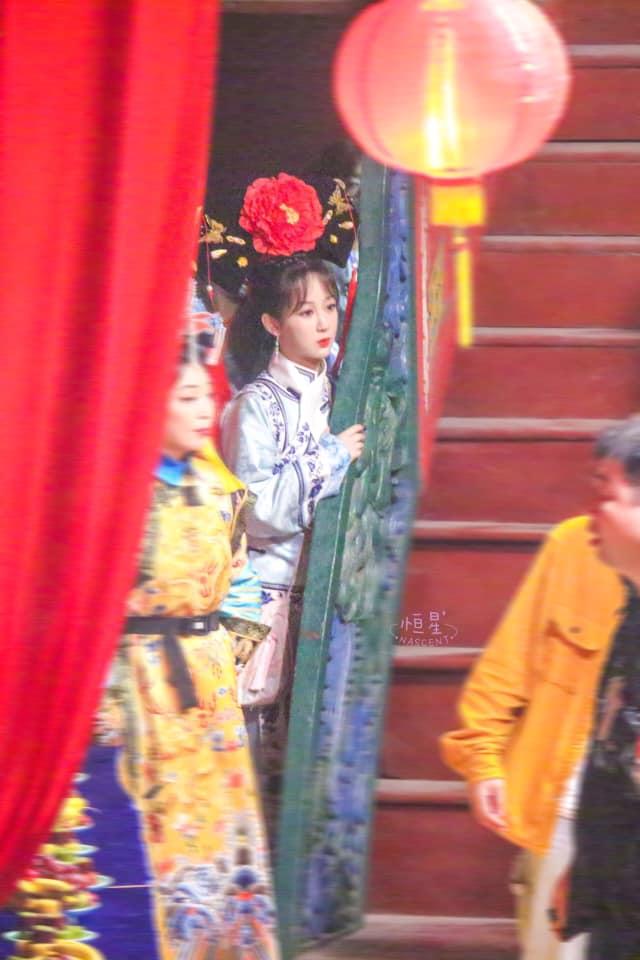 Dương Tử bị lộ tạo hình công chúa nhà Thanh, còn đóng lại vai Hạ Tử Vy trong Hoàn Châu Cách Cách - Ảnh 1.