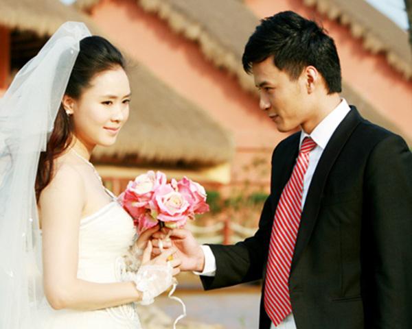 Hướng dương ngược nắng cận kề tập cuối: Hồng Diễm làm cô dâu xinh đẹp, quả là tường thành nhan sắc 10 năm không đổi - Ảnh 5.