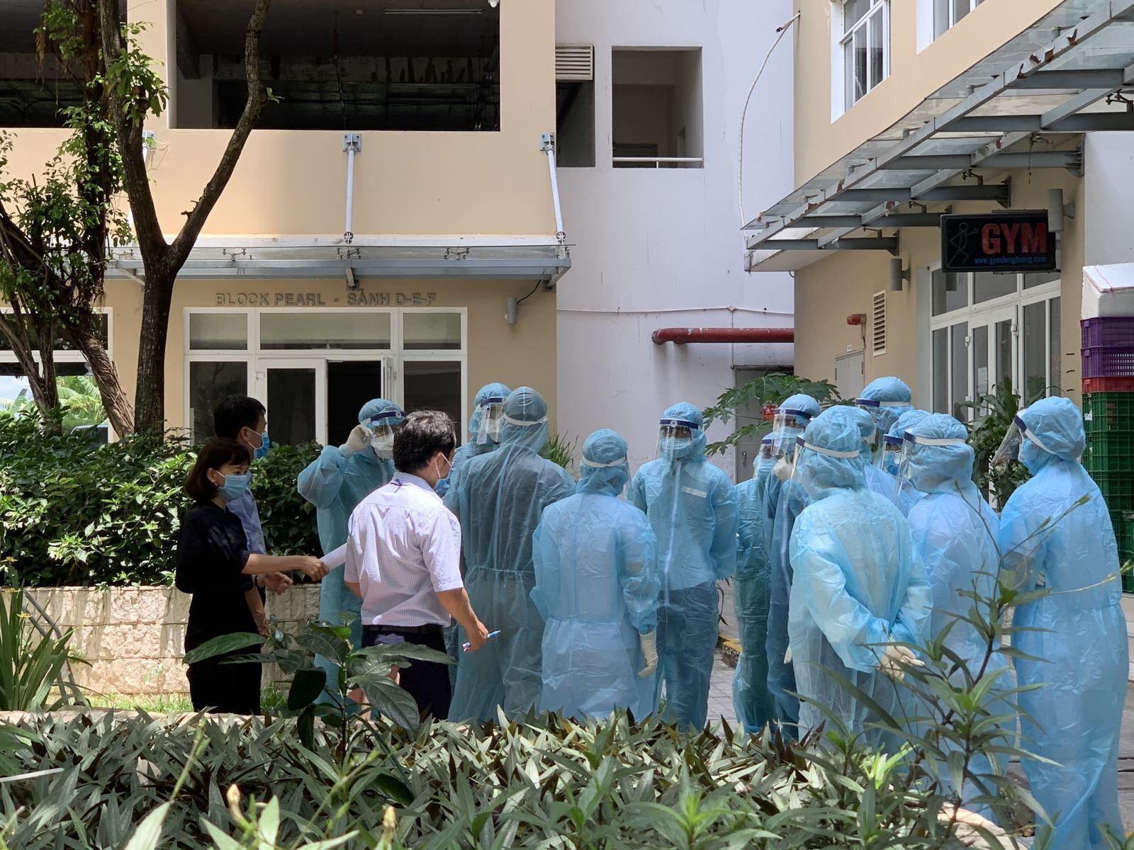 Hơn 5.000 mẫu xét nghiệm liên quan đến bệnh nhân mắc COVID-19 mới tại TP Hồ Chí Minh đã âm tính - Ảnh 1.