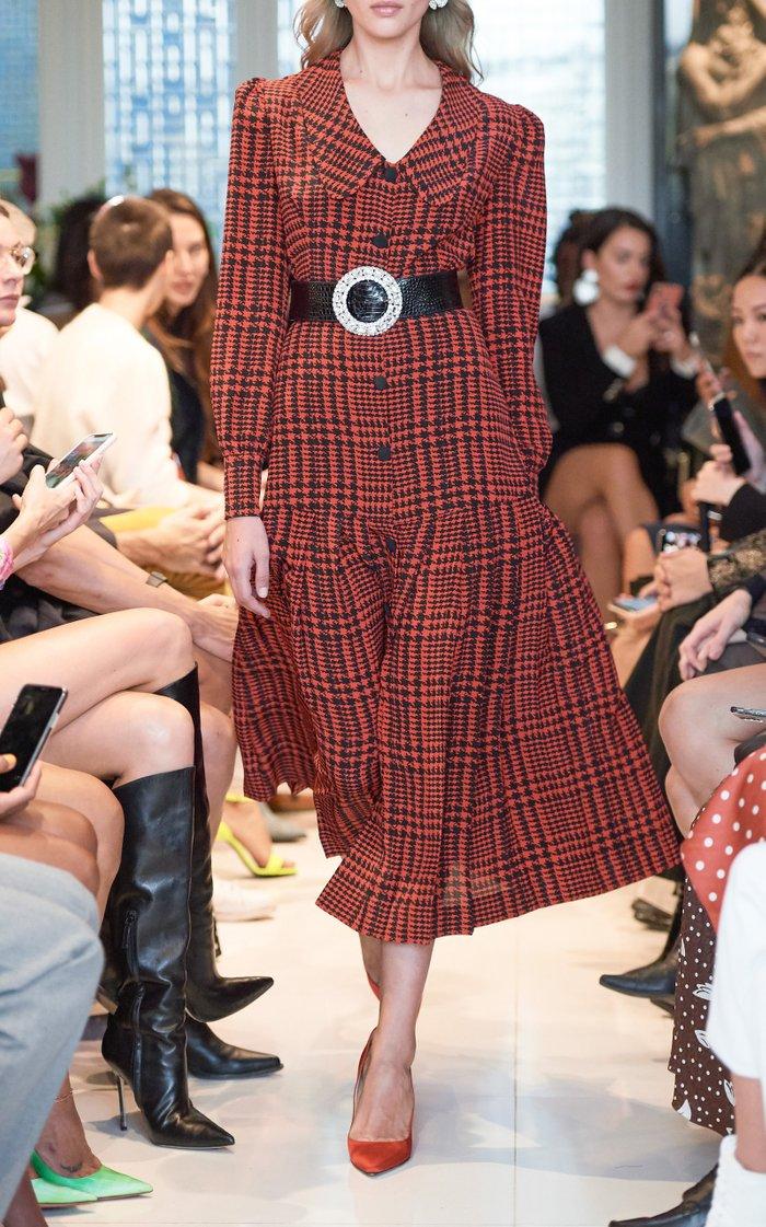 Công nương Kate Middleton cũng có ngày bị chê mặc xấu hơn mẫu hãng, nguyên do bởi một món phụ kiện - Ảnh 4.