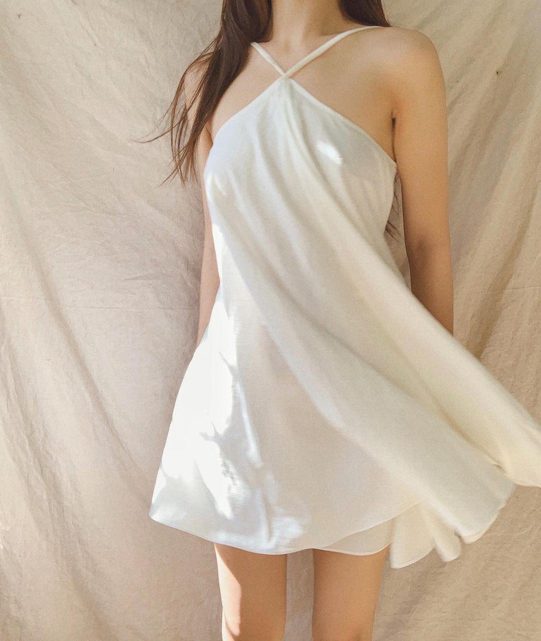 Hà Hồ diện váy Zara 1,3 triệu sang quá nhưng nếu thấy đắt thì bạn có thể tăm tia nhiều kiểu hao hao giá chỉ 1/4 - Ảnh 12.