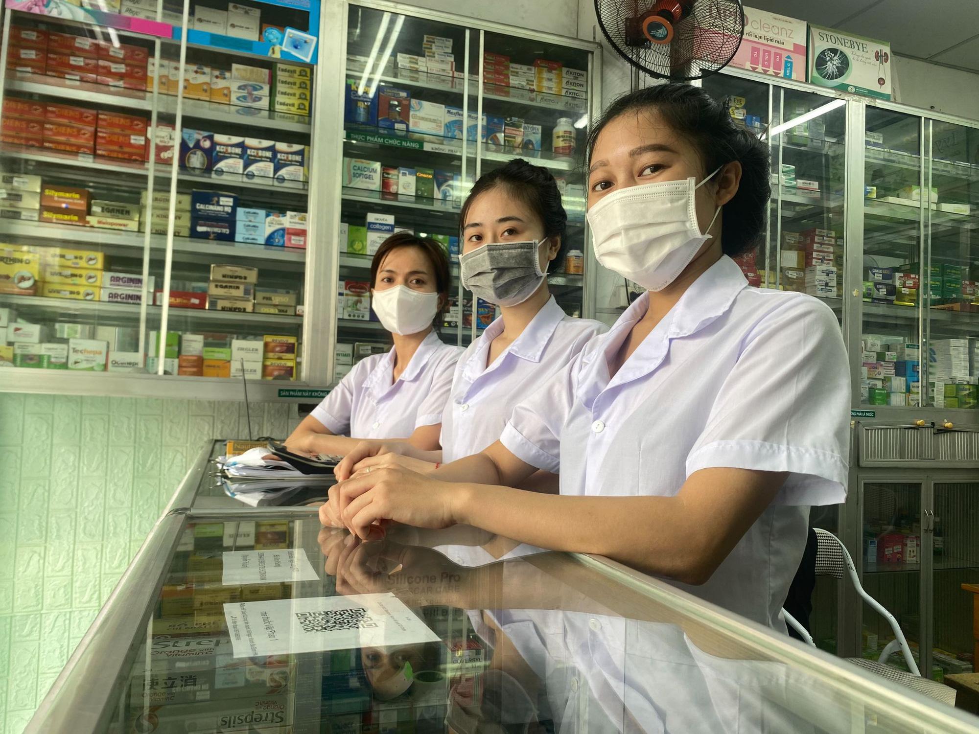Nhà thuốc Việt Pháp 1 - Tủ thuốc gia đình của mọi nhà - Ảnh 4.