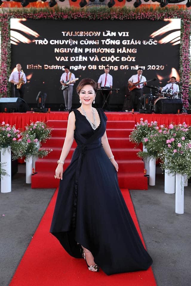 Bà Phương Hằng có style cực kỳ tinh tế, đẳng cấp không phải ở trang sức mà ở món phụ kiện nhỏ xinh này - Ảnh 4.
