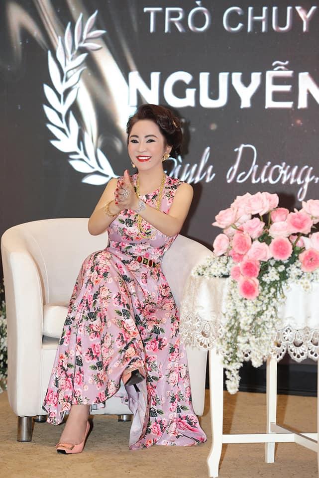 Bà Phương Hằng có style cực kỳ tinh tế, đẳng cấp không phải ở trang sức mà ở món phụ kiện nhỏ xinh này - Ảnh 7.