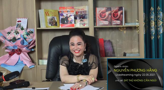 """Những câu nói động chạm """"sốc tận óc"""" của bà Nguyễn Phương Hằng, dân tình người cho rằng khá giải trí nhưng cũng có ý kiến nhận xét chúng quá """"phũ"""" - Ảnh 6."""