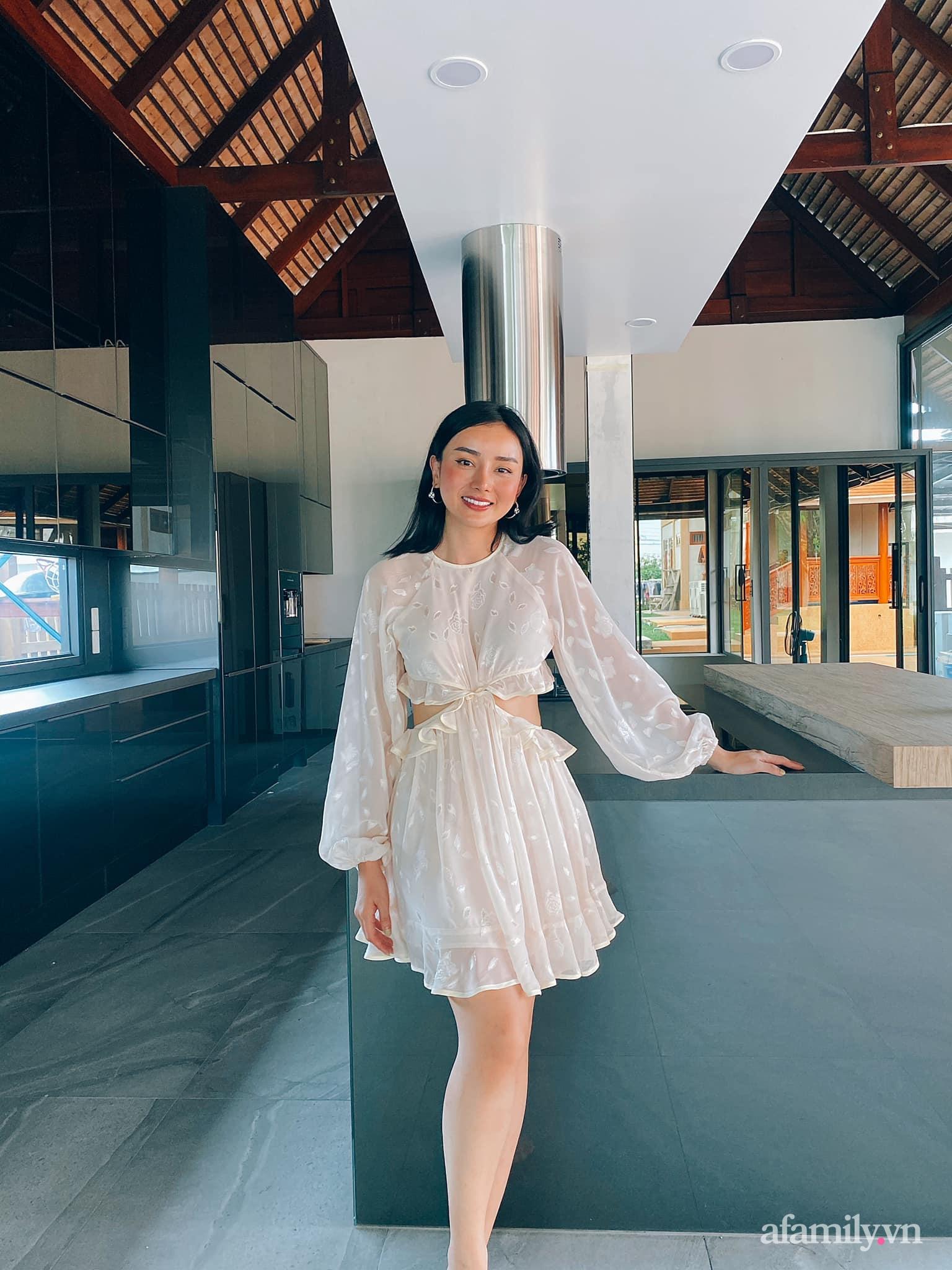 Vợ đại gia Thái Lan khoe căn bếp 3,7 tỷ chồng tặng: Toàn món đồ bếp dòng mới nhất của thương hiệu ngoại cao cấp này - Ảnh 1.