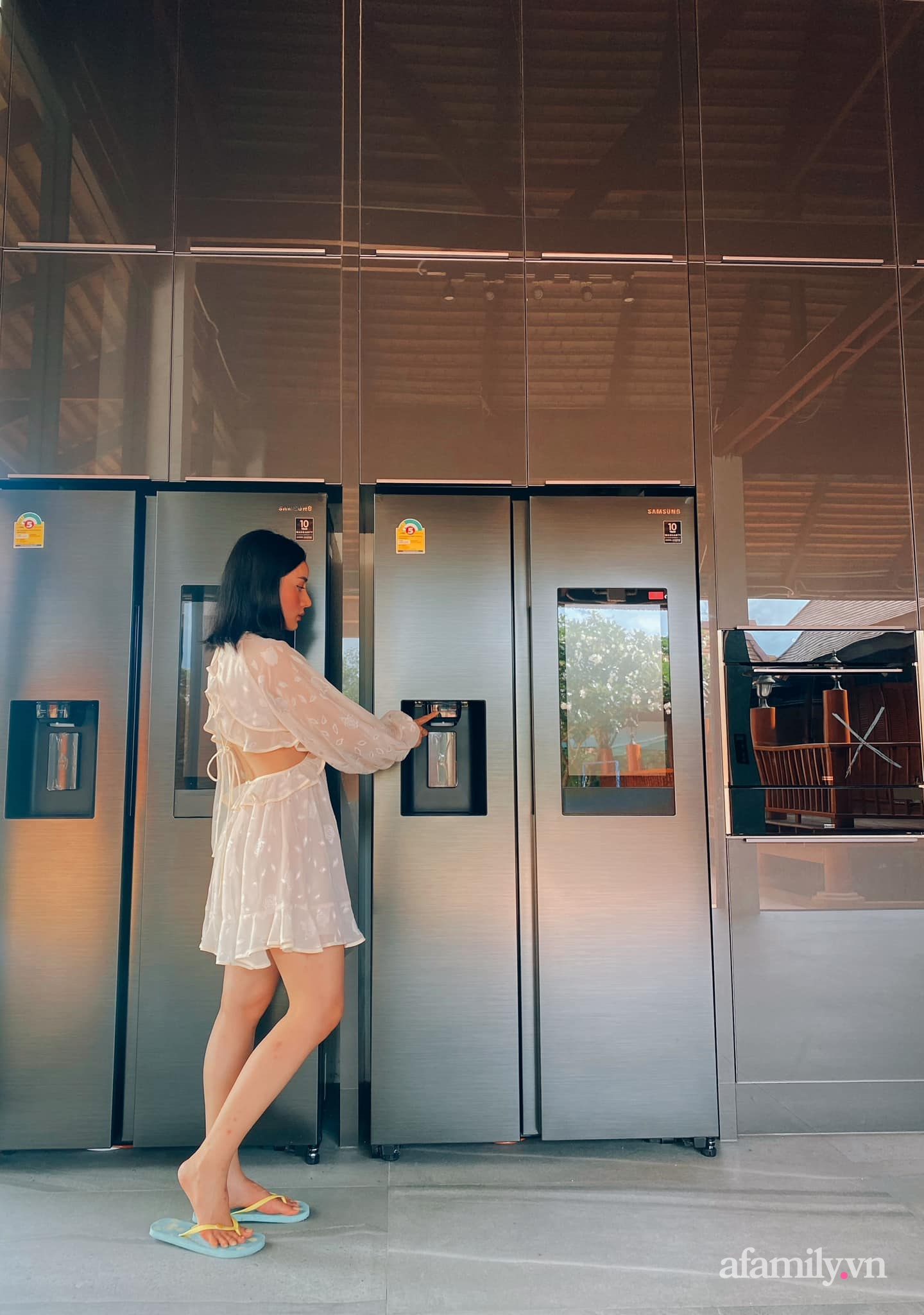 Vợ đại gia Thái Lan khoe căn bếp 3,7 tỷ chồng tặng: Toàn món đồ bếp dòng mới nhất của thương hiệu ngoại cao cấp này - Ảnh 7.