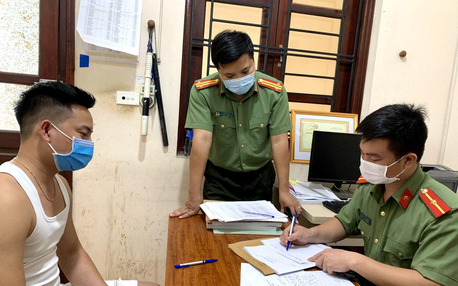 Đăng tin vải thiều Bắc Giang bị ép giá 2.000 đồng/kg, 2 cá nhân bị xử phạt 10 triệu đồng