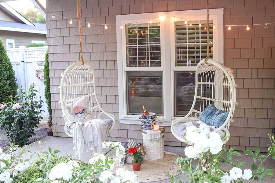 Những ý tưởng trang trí hiên nhà đẹp mơ màng lãng mạn cho những ngày hè - Ảnh 2.