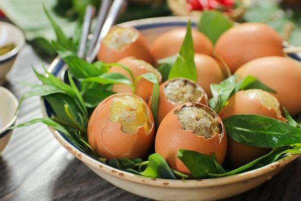 Trứng luộc, trứng ốp xưa rồi: Người sành ăn mà chưa thử trứng nướng thì quả là đáng tiếc! - Ảnh 1.