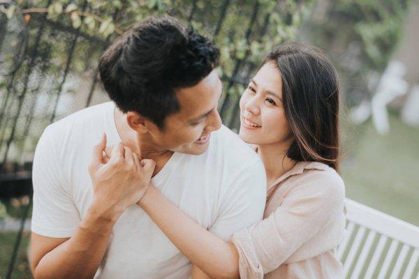 Bạn trai một mực xin cưới, cô nàng vẫn lưỡng lự vì còn trẻ để rồi câu nói sốc óc của mẹ chồng tương lai đã làm xoay chuyển cục diện - Ảnh 1.