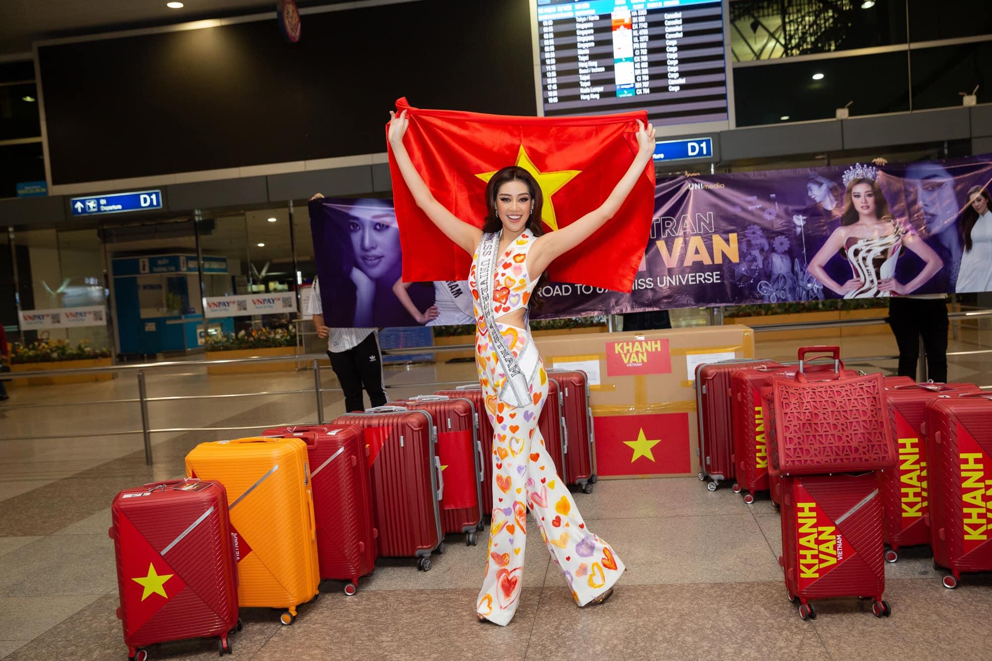 Hoa hậu Khánh Vân lên đồ cao tay trên đường tới Miss Universe, bộ nào cũng khiến dân tình nức nở tự hào - Ảnh 2.