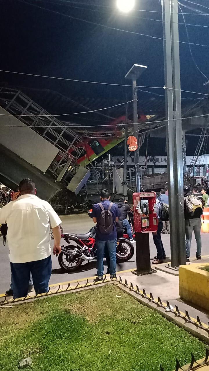 Mexico: Sập đường sắt trên cao đúng lúc tàu chạy qua, hơn 80 người thương vong - Ảnh 4.