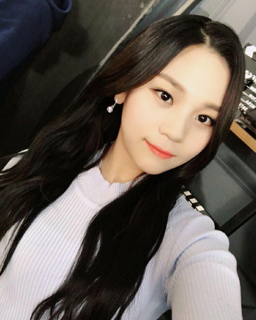 Nữ idol từng bị chê xấu nhất lịch sử Kpop, nay đã thăng hạng visual ngoạn mục chỉ nhờ… đổi dáng lông mày - Ảnh 5.