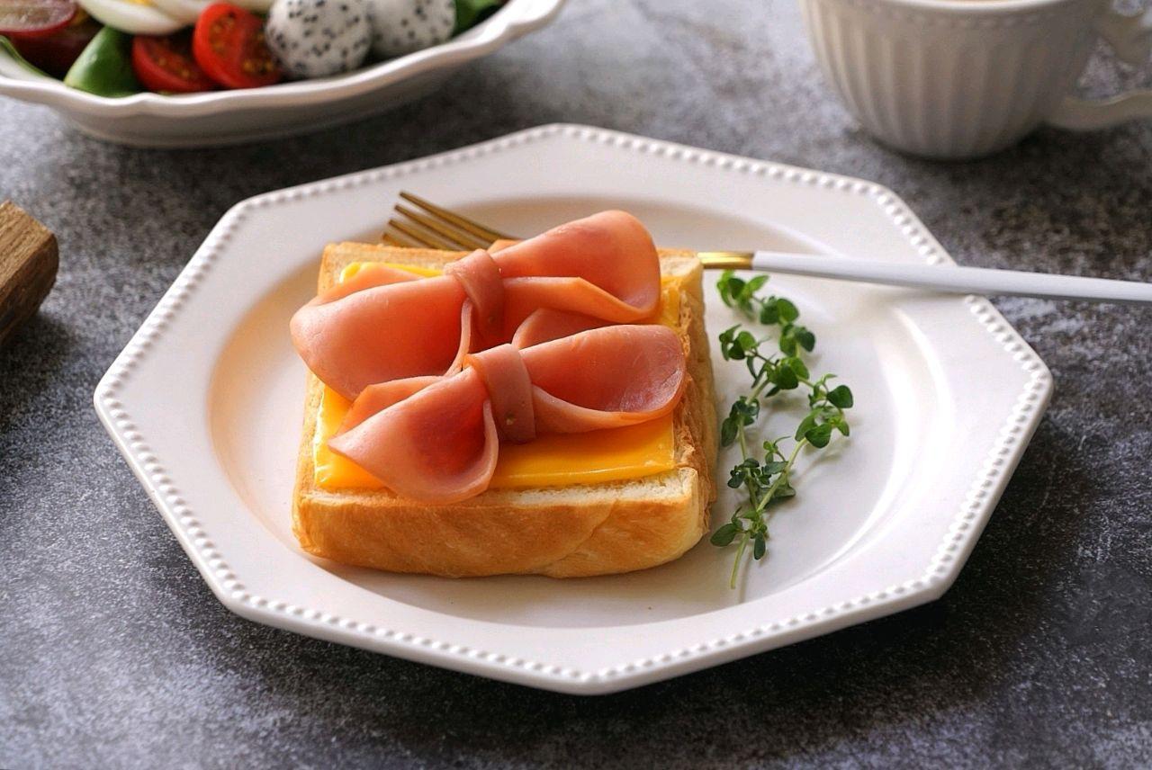 Chỉ mất 10 phút để làm món bánh mì ăn sáng ngon thế này thì chắc chắn chúng ta không cần ra ngoài ăn sáng nữa rồi! - Ảnh 9.