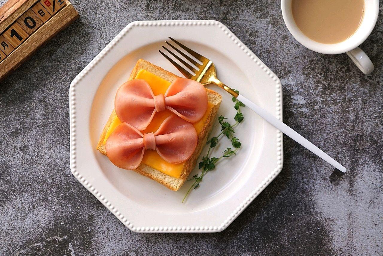 Chỉ mất 10 phút để làm món bánh mì ăn sáng ngon thế này thì chắc chắn chúng ta không cần ra ngoài ăn sáng nữa rồi! - Ảnh 10.