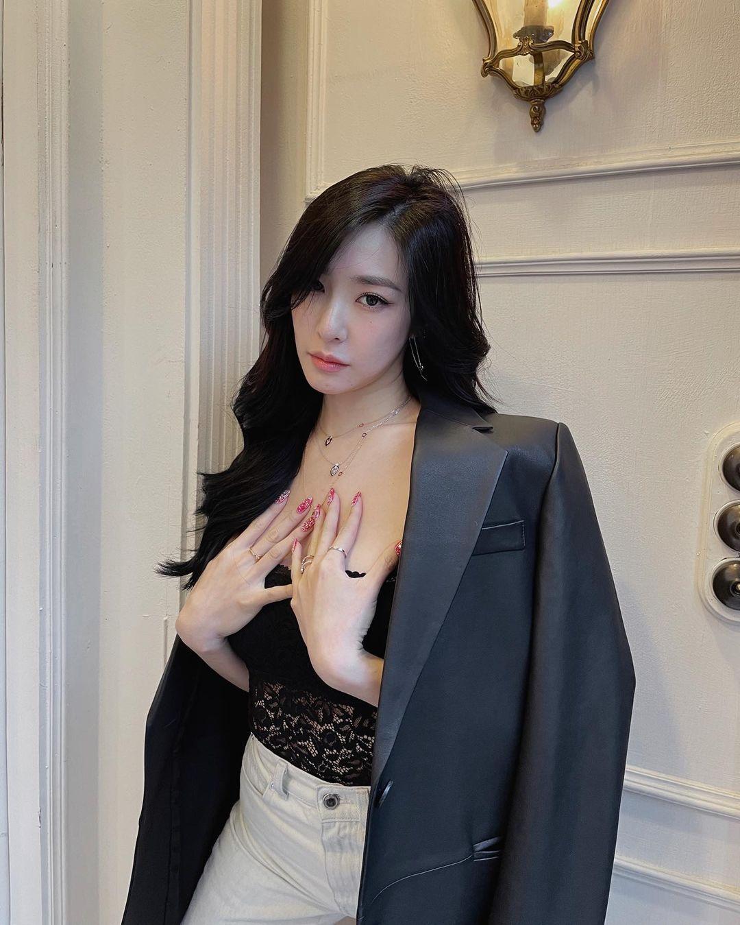 Style mùa hè của Tiffany - Sooyoung (SNSD) chính là chân ái cho những quý cô thanh lịch nhưng sexy khó cưỡng - Ảnh 6.