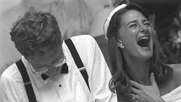 Từ vụ ly hôn của tỉ phú Bill Gates, nghĩ về đời làm vợ vĩ nhân - Ảnh 2.