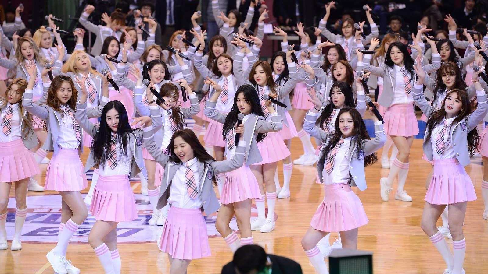Cách giảm cân gây shock của idol Hàn: Nhớ kcal từng món ăn, uống thuốc chống tăng cân đến choáng váng - Ảnh 1.