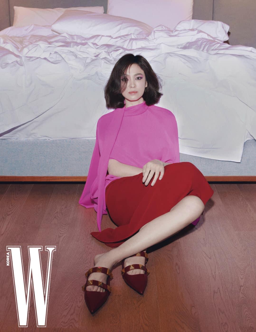 """Phượng Chanel """"đối đầu"""" Song Hye Kyo khi đụng hàng: Nữ doanh nhân đã lên đời style nhưng vẫn lép vế mỹ nhân Hàn - Ảnh 3."""