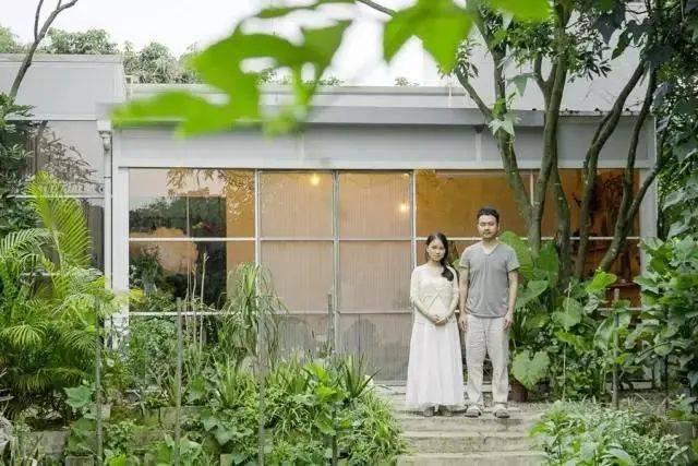 Cặp vợ chồng trẻ lên núi chọn sống cuộc đời bình an trong căn nhà rộng 300m2 - Ảnh 5.