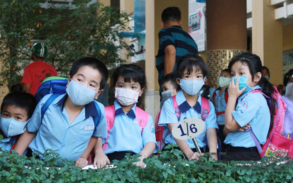 Ngày 6/5: Đã có 20 tỉnh thành cho học sinh nghỉ học để tránh dịch, có tỉnh gửi thông báo hỏa tốc trong đêm