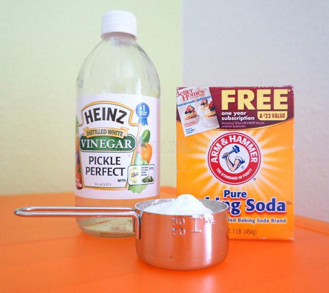 Chỉ cần 1 hộp baking soda giá 30k là bạn có thể làm mọi ngõ ngách trong nhà sạch đến bất ngờ - Ảnh 2.