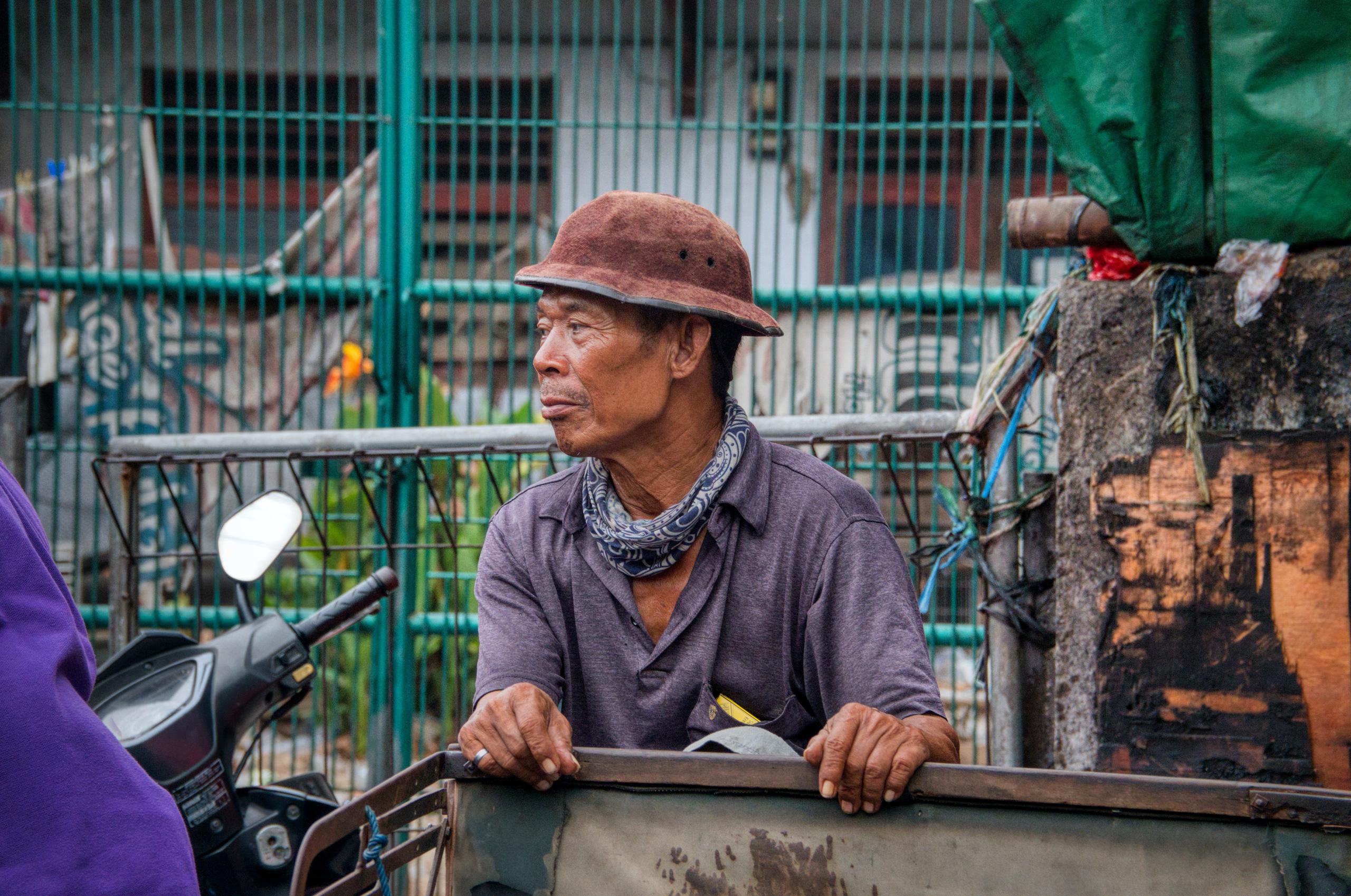 Quy luật của người nghèo: Người càng nghèo càng thích làm 3 loại nghề và họ sẽ chỉ càng nghèo hơn, đọc mà thấm thía từng câu từng chữ - Ảnh 3.