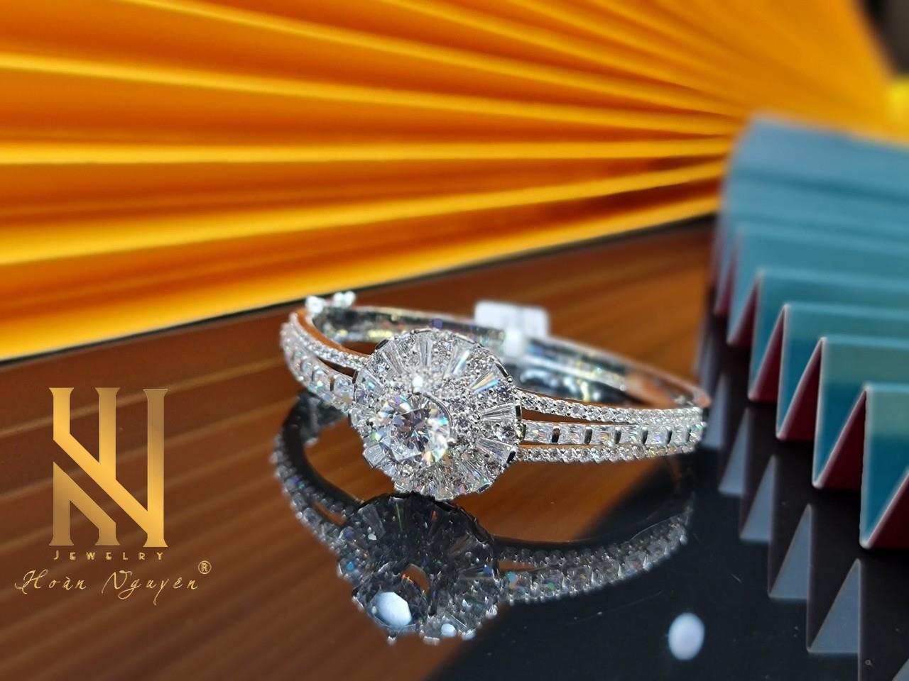 Hoàn Nguyên Jewelry- Khẳng định phong cách cùng trang sức cao cấp - Ảnh 4.