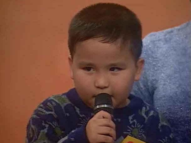 Cậu bé 5 tuổi đi thi Ở nhà chủ nhật, 12 năm sau lại gây bão Đường lên đỉnh Olympia: Đẹp trai rạng ngời, còn học cực giỏi! - Ảnh 1.