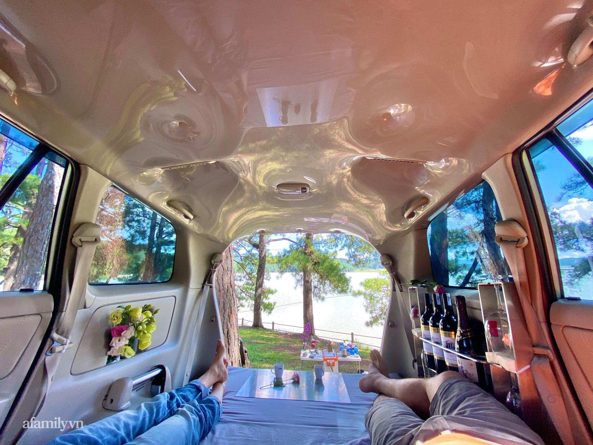 Cặp vợ chồng biến ô tô thành lều trại đi camping khắp nơi, tiện đâu ngủ đó mà sang trọng không thua khách sạn - Ảnh 4.