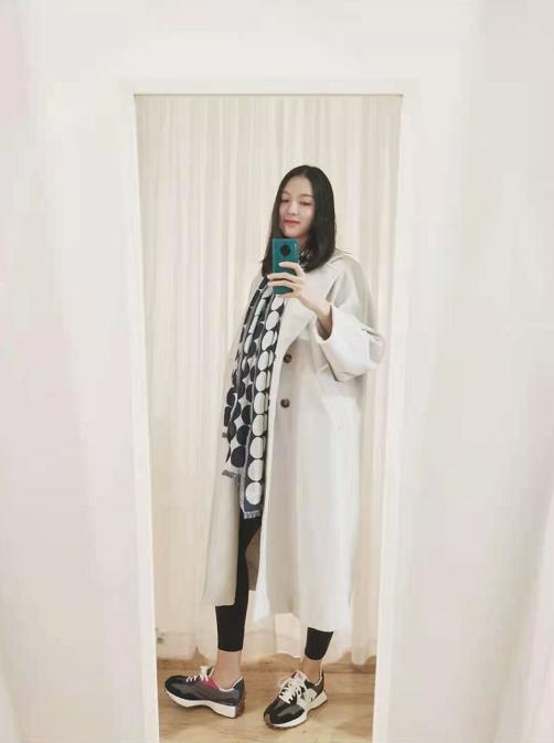 Trầm trồ trước nhan sắc và vóc dáng thật của Hoa hậu Thế giới Trương Tử Lâm khi mang thai lần 2 - Ảnh 4.