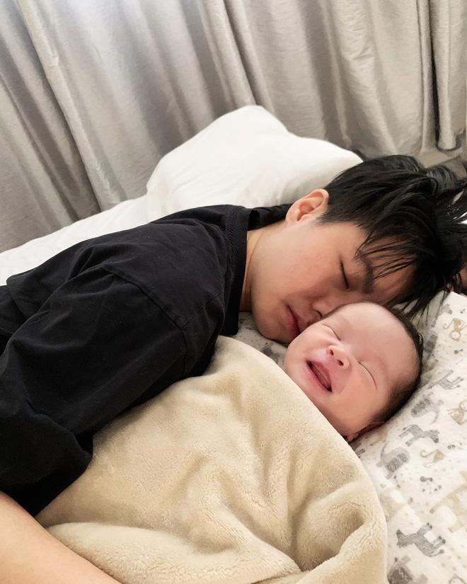 Có bố mẹ nổi tiếng, dàn hot kid auto khuấy đảo MXH Việt: Đáng iu quá quý dzị ơi! - Ảnh 36.