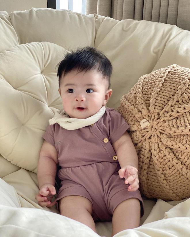 Có bố mẹ nổi tiếng, dàn hot kid auto khuấy đảo MXH Việt: Đáng iu quá quý dzị ơi! - Ảnh 14.