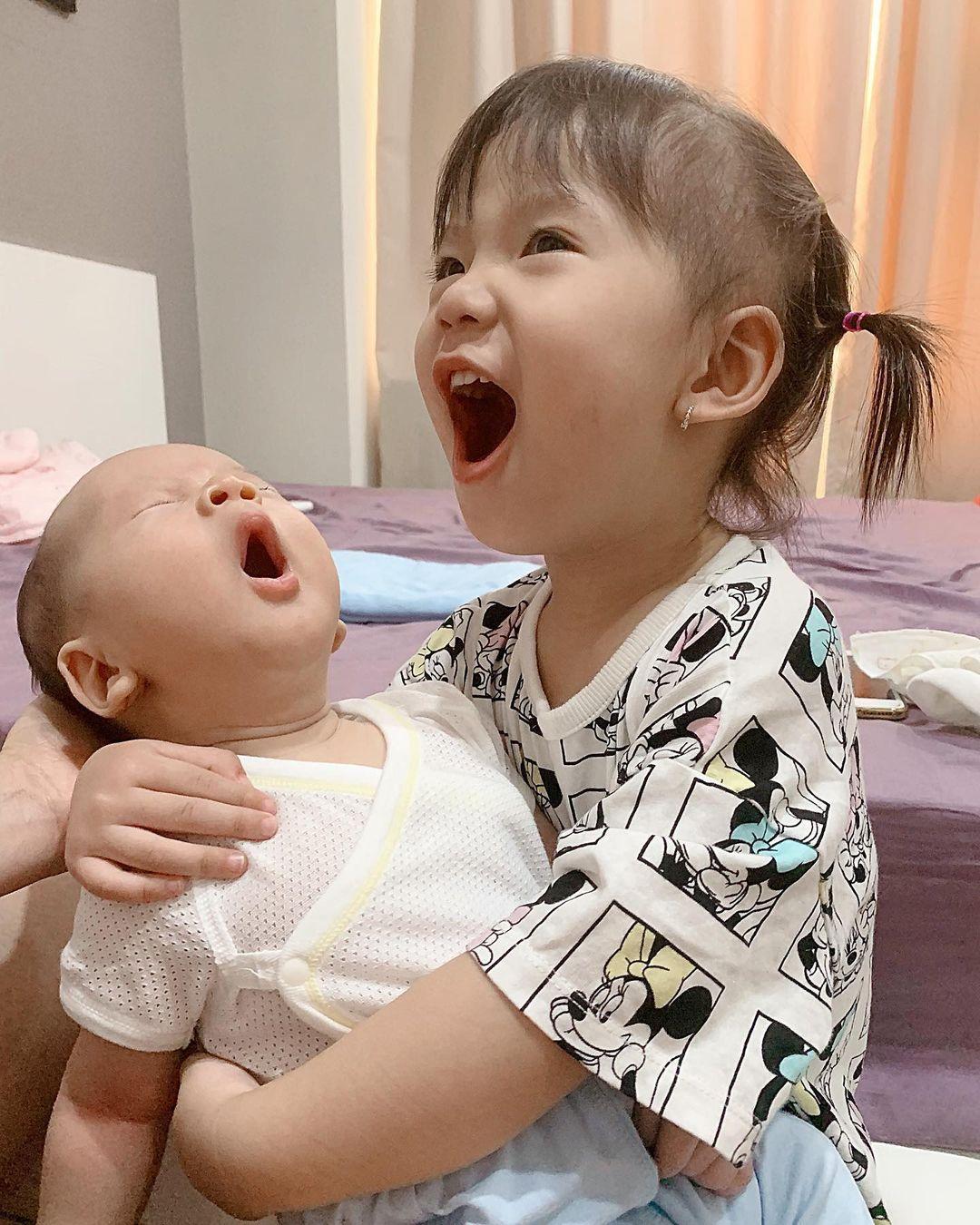 Có bố mẹ nổi tiếng, dàn hot kid auto khuấy đảo MXH Việt: Đáng iu quá quý dzị ơi! - Ảnh 10.