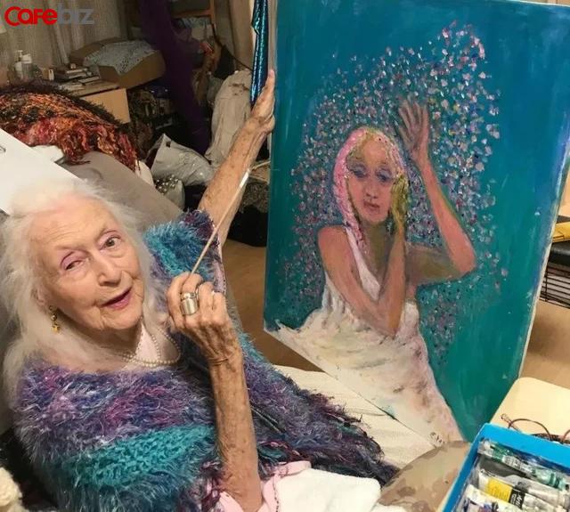 Bí quyết sống thọ của cụ bà 106 tuổi: Không kết hôn, không mua nhà, chỉ tập trung nhảy múa hưởng thụ cuộc sống - Ảnh 1.