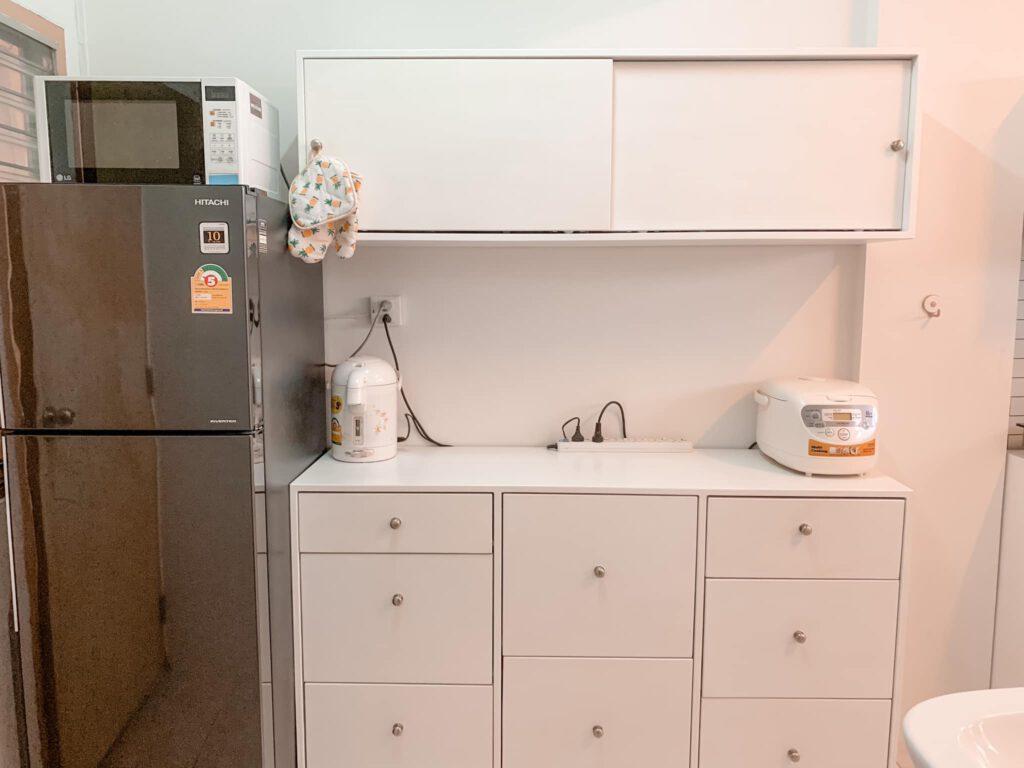 Vợ chồng mới cưới thuê nhà cũ kỹ và cải tạo thành không gian tối giản đầy cuốn hút - Ảnh 10.
