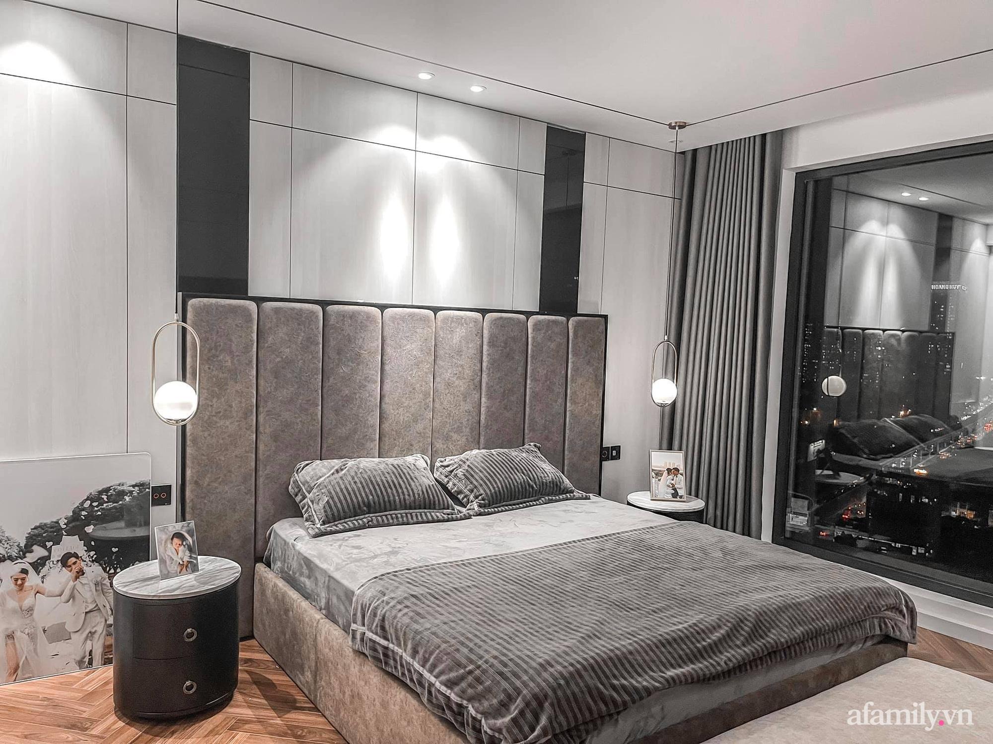 Căn hộ 125m² với gam màu tối cực chất của cặp vợ chồng yêu thời trang ở Hà Nội - Ảnh 21.