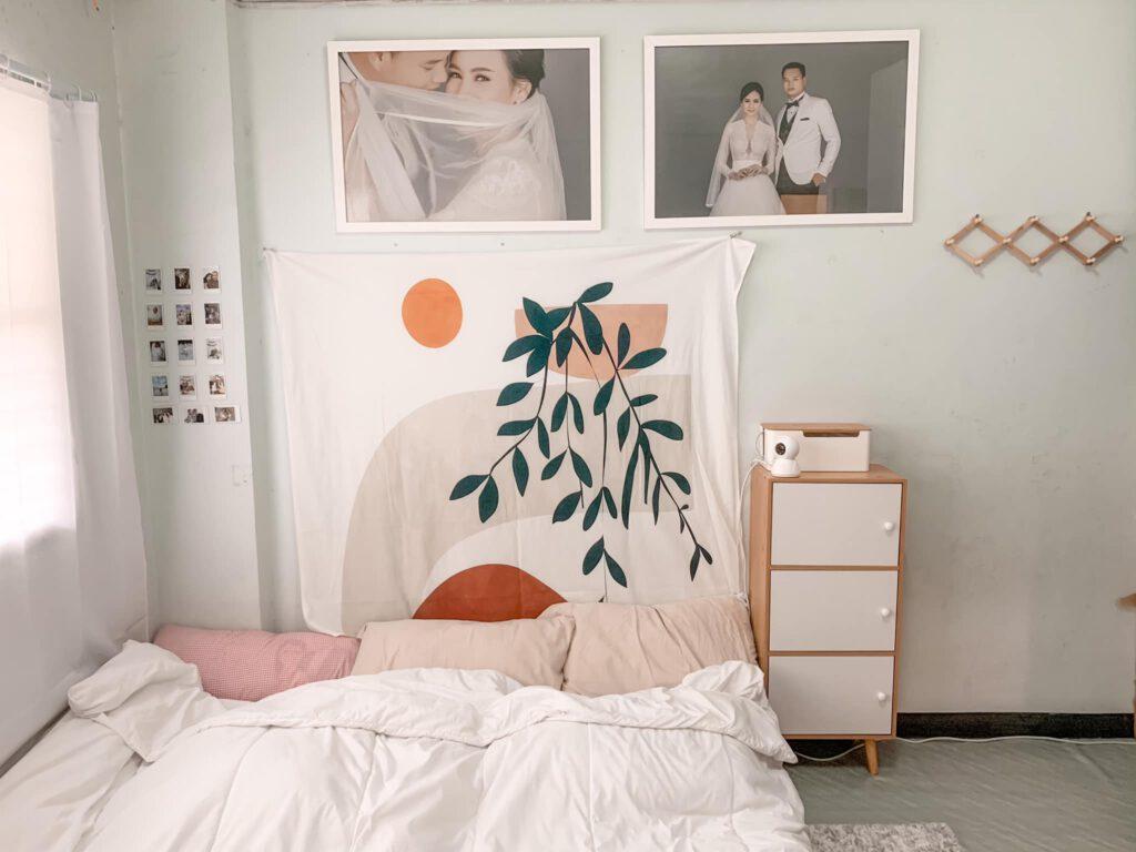 Vợ chồng mới cưới thuê nhà cũ kỹ và cải tạo thành không gian tối giản đầy cuốn hút - Ảnh 1.