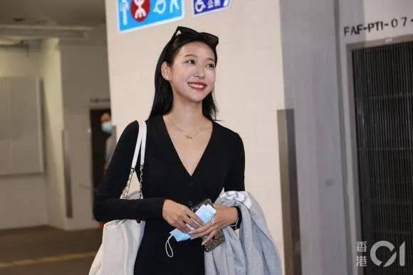 """Cuộc thi Hoa hậu Hong Kong 2021: Dàn thí sinh dự thi khiến cộng đồng mạng choáng váng vì nhan sắc """"khó đỡ"""" - Ảnh 11."""