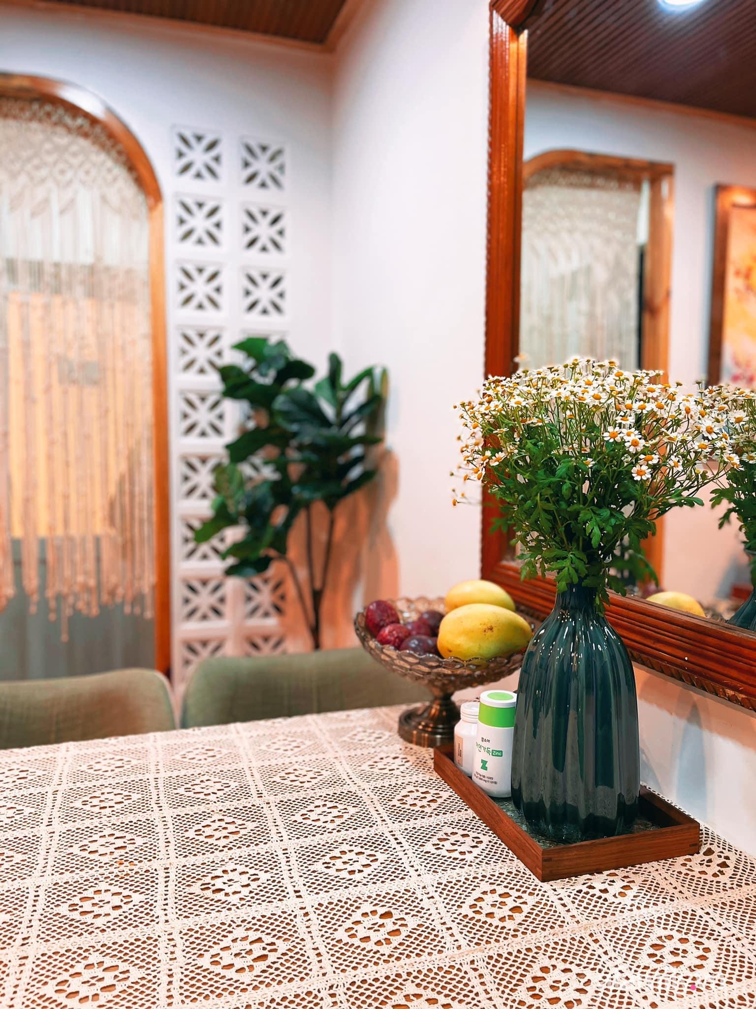 Mua lại căn nhà 63m², cặp vợ chồng trẻ cải tạo thành không gian sống ấm cúng, tiện nghi đủ đường ở Đà Lạt - Ảnh 16.