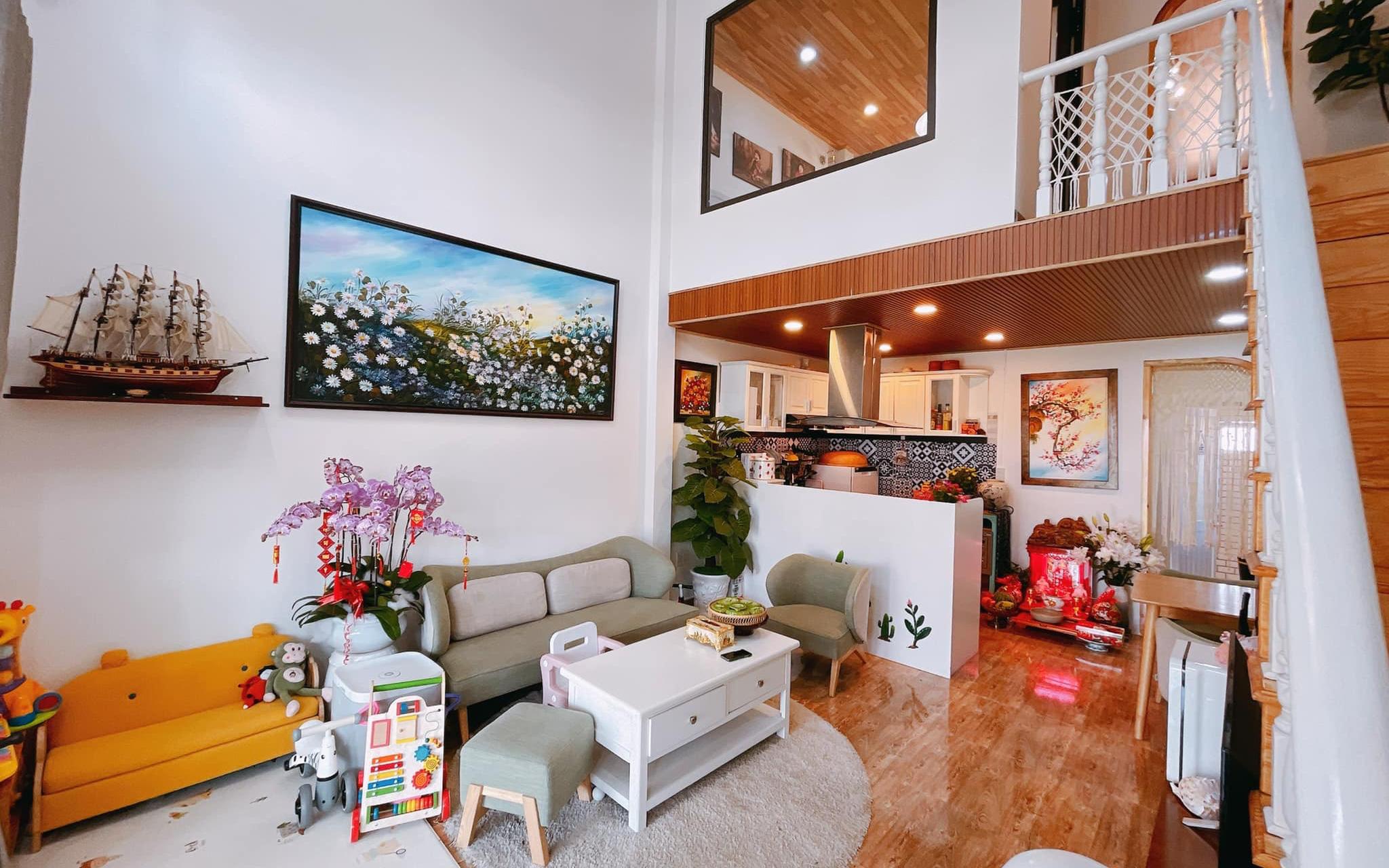 Mua lại căn nhà 63m², cặp vợ chồng trẻ cải tạo thành không gian sống ấm cúng, tiện nghi ở Đà Lạt