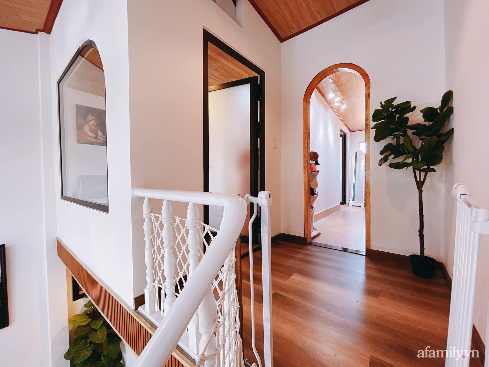 Mua lại căn nhà 63m², cặp vợ chồng trẻ cải tạo thành không gian sống ấm cúng, tiện nghi đủ đường ở Đà Lạt - Ảnh 19.