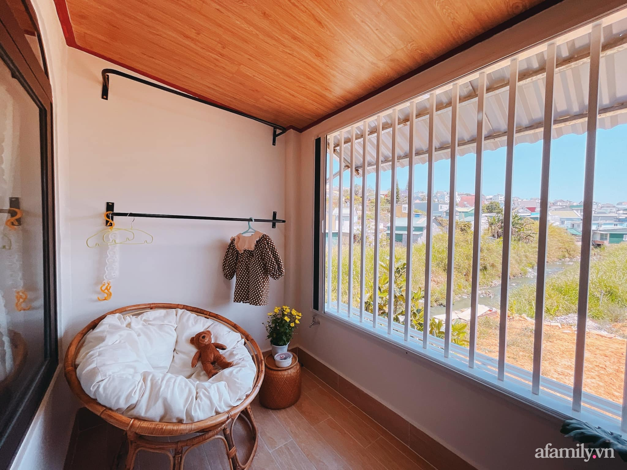 Mua lại căn nhà 63m², cặp vợ chồng trẻ cải tạo thành không gian sống ấm cúng, tiện nghi đủ đường ở Đà Lạt - Ảnh 22.
