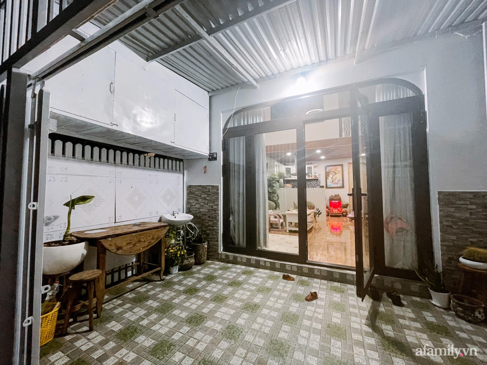 Mua lại căn nhà 63m², cặp vợ chồng trẻ cải tạo thành không gian sống ấm cúng, tiện nghi đủ đường ở Đà Lạt - Ảnh 5.
