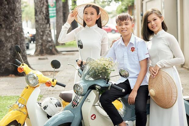 Quản lý tiết lộ việc hai con nuôi trước của Phi Nhung bị thiệt thòi khi nữ ca sĩ đưa Hồ Văn Cường về nhà - Ảnh 2.