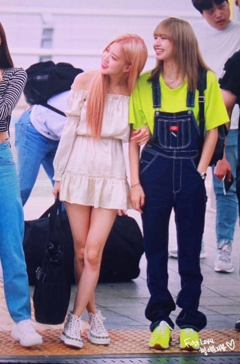 Không phải Jisoo hay Jennie, hóa ra Lisa và Rosé mới sở hữu đôi chân xuất sắc, diện quần short đẹp nhất BLACKPINK - Ảnh 11.